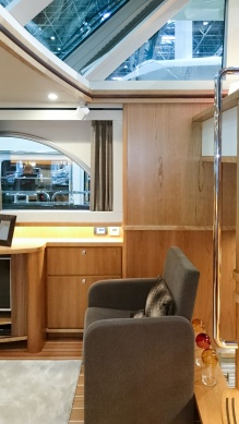 Cozy chair in the airy and light new Linssen 52.9